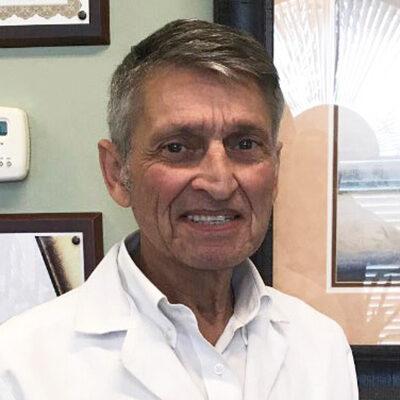 Chiropractor Estro FL Dr. Louis Rios